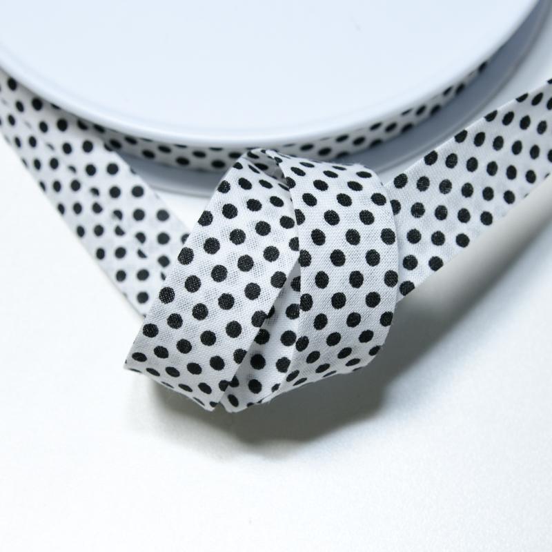 schr gband weiss mit schwarzen punkten chf stoffladen in. Black Bedroom Furniture Sets. Home Design Ideas