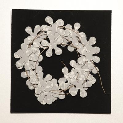 Blumengirlande schwarz/weiss Muster 9