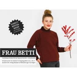 Frau Betti - Fledermaussweater mit Bauchtasche und Stehkragen